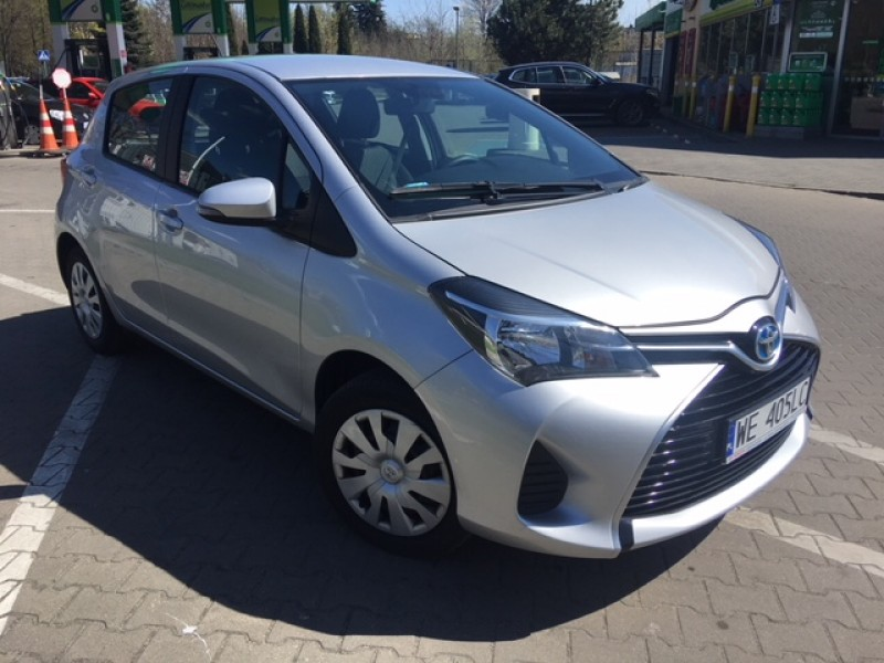 <p>Toyota Yaris 1.0 Benzyna manual</p>